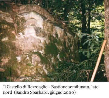 Il Castello di Rezzoaglio: bastione semilunato, lato nord