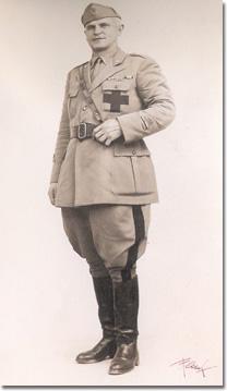Don Antonio Pagliughi, cappellano militare
