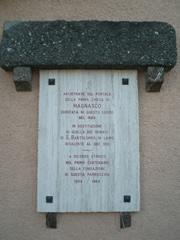 Antica pietra della prima chiesetta di Magnasco (fotografia di Fabio Guidoni)