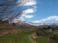 Il territorio di Villa Noce ad inizio primavera  (fotografia di Giorgio Venturini)